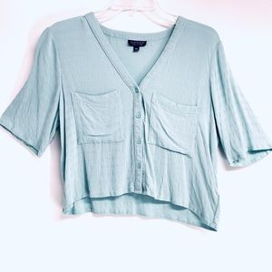 TOPSHOP Cropped Button Up Baby Blue Shirt size 6